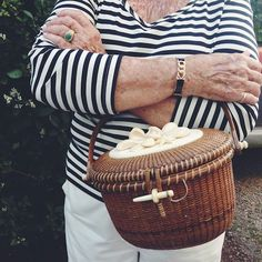 Design Darling: PHOTOS FROM NANTUCKET... Fabulous nantucket basket!!!!!!