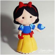 Felt Fairy, Felt Dolls, Doll Patterns, Craftsman, Doll Clothes, Hello Kitty, Minnie Mouse, Snow White, Disney Characters
