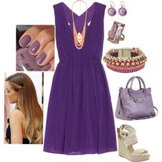 love purple, and I could pare it with a peach accessory! Soph & Bel would say YAY for throwing in diff. color