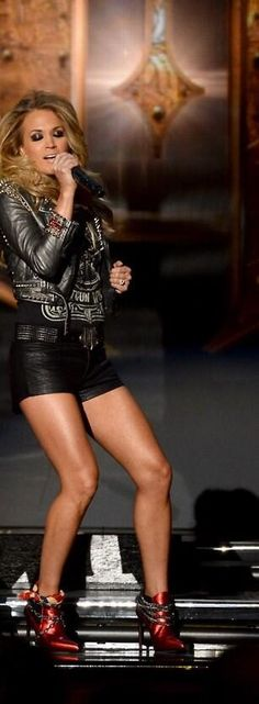 Love this picture of Carrie from the Somethin' Bad performance!