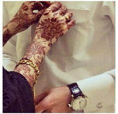 love this shot Henna Mehndi, Mehendi, Henna Art, Cute Muslim Couples, Cute Couples, Mahendi Design, Girls Status, Marriage Couple, Beautiful Henna Designs