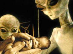 Mulheres que mantiveram SEXO com extraterrestres denunciam plano de hibridação em larga escala!!