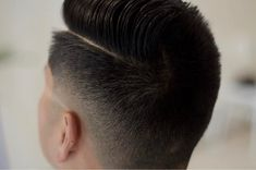 A wide variety of new hair trends for men emerging in In general, looks are getting longer and looser but some retro hairstyles are back in style. Fades are still going strong with all kinds Combover Hairstyles, Haircuts For Wavy Hair, Side Part Hairstyles, Cool Hairstyles For Men, Best Short Haircuts, Retro Hairstyles, Haircuts For Men, Short Hair Cuts, Modern Haircuts