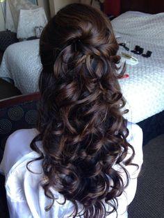 Elizabeth Dugan Hairstylist and Makeup Artist Half up bridal hair