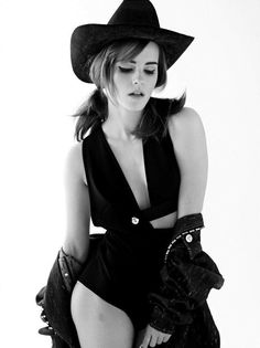 Pre-Shopped, Cowgirl Emma Watson photographed by Carter Smith for ELLE Magazine, Emma Watson Sexy, Ema Watson, Emma Watson Beautiful, Emma Watson Sexiest, Beautiful Celebrities, Beautiful Actresses, Most Beautiful Women, Beautiful Females, Carter Smith
