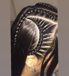 Publicación de Instagram de Trenzas • 30 de Sep de 2018 a las 6:29  UTC Party Hairstyles, Cute Hairstyles, Cornrows, Braids, Hair Inspo, Different Styles, Hair Beauty, Dreadlocks, Hair Styles