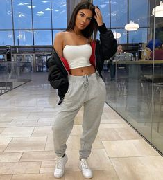 What's yours is mine, what's mine is mine 😁 👖👕🧢🎒Fashion Nova men tracksuit bottoms Source by danahkn outfits Cute Comfy Outfits, Crop Top Outfits, Chill Outfits, Sporty Outfits, Swag Outfits, Mode Outfits, Cute Outfits With Sweatpants, Baddie Outfits Casual, Baddies Outfits