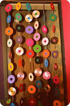 How to make a beaded curtain. Recicled Cd's And Dvd's Courtain - Step 4