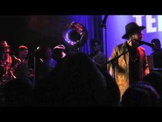 Owuor Arunga , #Macklemore Trumpeter, Seattle Soul Power at Neumos 9 - YouTube
