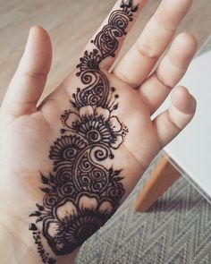 Cute Henna Designs, Floral Henna Designs, Henna Designs Feet, Finger Henna Designs, Full Hand Mehndi Designs, Mehndi Designs For Beginners, Mehndi Designs For Girls, Wedding Mehndi Designs, Mehndi Designs For Fingers