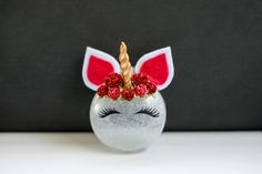 DIY unicorn christmas ornament. Christmas Ball Ornaments Diy, Unicorn Christmas Ornament, Unicorn Ornaments, Handmade Christmas Decorations, Xmas Decorations, Holiday Crafts, Ornaments Ideas, Homemade Christmas, Christmas Crafts
