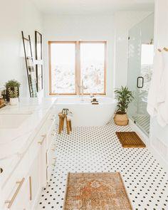 Boho bathroom design inspiration - Simple modern home decor ideas Modern Bathroom Decor, Boho Bathroom, Bathroom Ideas, Design Bathroom, Master Bathroom Layout, Neutral Bathroom, Bathroom Goals, Budget Bathroom, Bathroom Cleaning