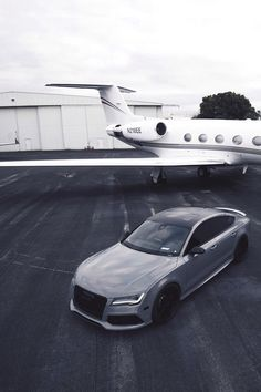 RS7 and private jet