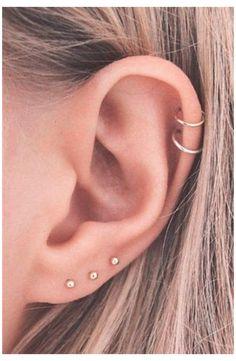 Pretty Ear Piercings, Ear Peircings, Double Cartilage Piercing, Multiple Ear Piercings, Tongue Piercings, Dermal Piercing, Piercings For Small Ears, Ear Piercings Orbital, Different Ear Piercings