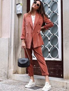 43 Spring Outfits That Make You Look Cool - Daily Fashion Outfits Mode Outfits, Casual Outfits, Fashion Outfits, Flannel Outfits, Blazer Fashion, Dress Outfits, Preppy Dresses, Casual Blazer, Blazer Outfits