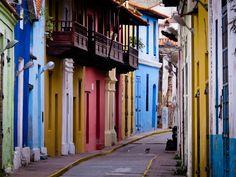 La Guaira | FULL POST: http://caracasshots.blogspot.com/2012/10/cats-of-la-guaira-revisiting-emuel.html #Venezuela