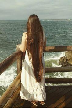 Grow Long Hair, Grow Hair, Beautiful Long Hair, Gorgeous Hair, Really Long Hair, Rapunzel Hair, Natural Hair Styles, Long Hair Styles, Silky Hair