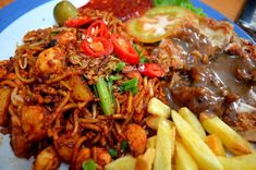 "(OUR EMAK'S OMK) ""accompany our Emak for an evening eat.see our Emak Old Malaya Kopitiam Mee Goreng Mamak and Chicken Chop in art galore"" Mee Goreng Mamak, Malaysian Food, Pot Roast, Beef, Dishes, Chicken, Ethnic Recipes, Happy, Art"