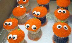 Orange Cupcakes, Cake Writing, Monster Cupcakes, Favorite Recipes, Yummy Food, Chocolate, Sweet, Desserts, Cupcake Decorations