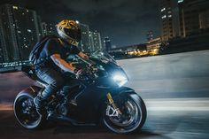 Full Face Motorcycle Helmets, Motorcycle Bike, Motocross Bikes, Honda Motorcycles, Moto Wallpapers, Ducati Supersport, Biker Love, Custom Sport Bikes, Creation Art