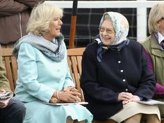 Camilla Duchess of Cornwall and Queen Elizabeth II. Prince Charles And Diana, Prince Phillip, Hm The Queen, Her Majesty The Queen, Camilla Duchess Of Cornwall, Duchess Of Cambridge, Adele, Royal Uk, Royal Families