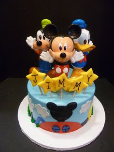 Mickey Mouse Cakes cakepins.com