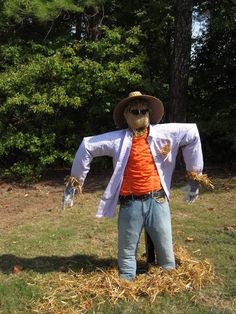 Every yard deserves a classic Halloween scarecrow.
