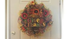 Fall wreath, give thanks