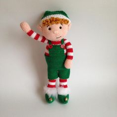 Heart & Sew: Christmas Elf - Free Crochet / Amigurumi Pattern. I would turn him into a Christmas ornament & hide him!
