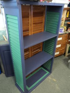 2 pairs of bifold doors becomes an awesome shelf!