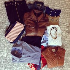 Preparando la maleta... ¡Viaje!  #ideassoneventos #imagenpersonal #imagen #moda #ropa #looks #vestir #wearingtoday #hoyllevo #fashion #outfit #ootd #style #tendencias #fashionblogger #personalshopper #blogger #me #lookoftheday #streetstyle #outfitofday #blogsdemoda #instafashion #instastyle #currentlywearing #clothes #fashiondiaries #woman #man
