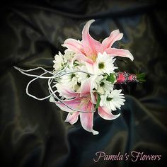 Wedding Bouquet by Pamela's Flowers - See more designs at http://pamelasflowers.wix.com/weddingsbypamela #weddingflowers #weddingbouquet #harrisburgflorist #handtiedbouquet