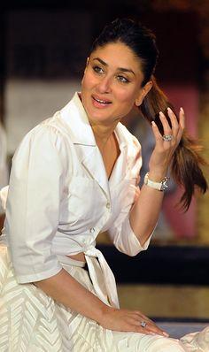 Entertainment, Fusion Food, India News, Hollywood, media new England. Bollywood Celebrity News, Bollywood Celebrities, Bollywood Fashion, Celebrity Photos, Bollywood Actors, Kareena Kapoor Bikini, Kareena Kapoor Khan, Deepika Padukone, Beautiful Bollywood Actress