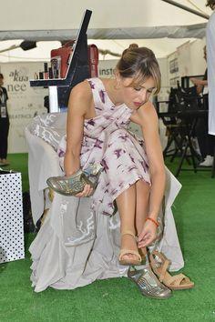 Paola Cortellesi prova le Akkua R'evolution alla #mostradelcinema!! #VeneziaFilmFestival #festivaldlcinema