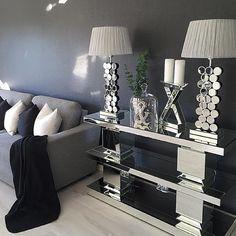 ✔️ | have a nice evening | #interior #interiors #interior9508 #interior123 #interior125 #homeamour #decorations #perfecthome #inspire_me_home_decor #livingroom #details #dream_interiors #dreaminterior555 #inspo #inspohome #homedecoration #roomforinspo #interiorforinspo #interiorinspiration #interiorstyling #classyinteriors #interiordecor #passion4interior #homedecor #interior4all #interior4you1 #finehjem #interiordesign #photooftheday