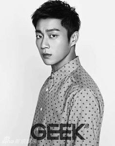 Dujun-ah, why you gotta be so good looking?