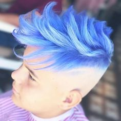 30 Best of Men Hair Color Ideas- Guys Hair Color Trends 2019 Men's latest hair color Types Of Fade Haircut, Short Fade Haircut, Haircut And Color, Mens Hair Colour, Cool Hair Color, Hair And Beard Styles, Short Hair Styles, Boys Colored Hair, Blue Hair