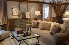 ski lodge decorating ideas | Mix of Textures- linen duvets, furry pillows, leather, suede, great ...