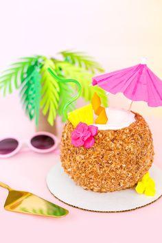 » Piña Colada Coconut Drink Cake