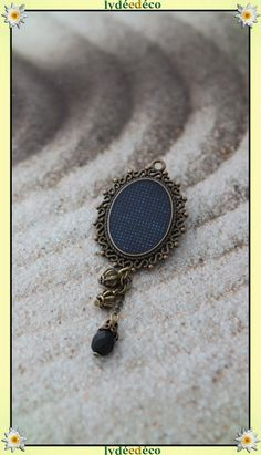 Broche epingle * Pois * metal resine perle breloque retro vintage dentelle bleu noir bronze : Broche par lydeedeco