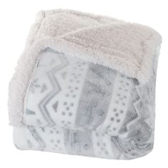 Features:  -Material: 100% Polyester.  -Face material: PV fleece.  -Back material: Sherpa fleece.  -Pattern: Snowflake.  -Wash in cold water and tumble dry on low heat.  Material: -Polyester.  Theme:
