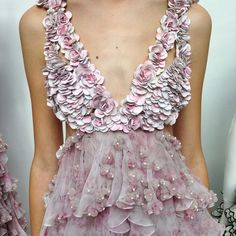 Swooning over this #AlexanderMcQueen #SS15 floral frock