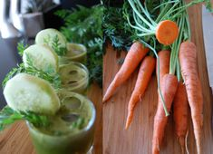 Cucumber/Spinach Green Juice | THE GLOBAL GIRL ®