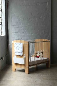 Deluxe Cot Mattress 3 Position Base Height Solid Wood Baby Magda Cot
