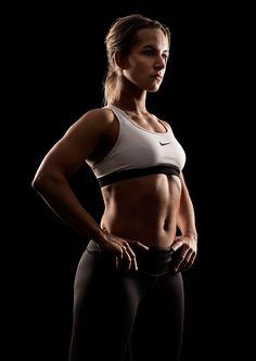 https://www.behance.net/gallery/37022137/Fitness-portrait