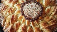 Τυρόψωμο με φέτα σε σχήμα λουλουδιού ιδανικό για μπουφέ Apple Pie, Desserts, Food, Tailgate Desserts, Deserts, Essen, Postres, Meals, Dessert