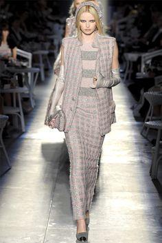 Sfilata Chanel Paris - Alta Moda Autunno-Inverno 2012-13 - Vogue