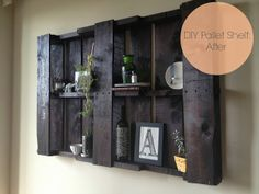 DIY Pallet Shelf by The Aslan's Auspicious Albany Adventure