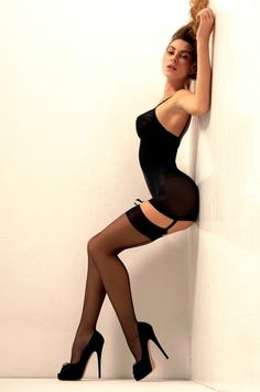 Stockings Heels, Stockings And Suspenders, Black Stockings, Bas Sexy, Femmes Les Plus Sexy, Sexy Poses, Black Lingerie, Lingerie Heels, Sexy Curves