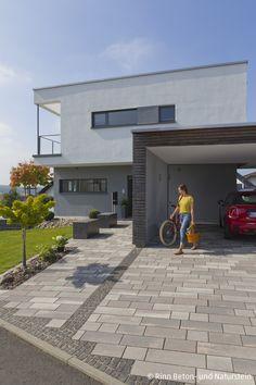 backyard design – Gardening Tips Car Porch Design, Garage Design, Exterior Design, Simple Porch Designs, Small Front Porches, Driveway Design, Carport Designs, Garden Paving, Building A Porch